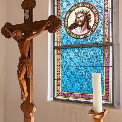 Die Kirche in Gömnigk - Altar