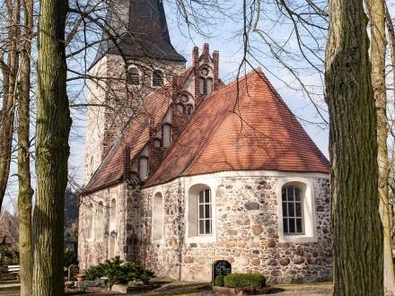 Die Kirche in Rottstock - Aussenansicht