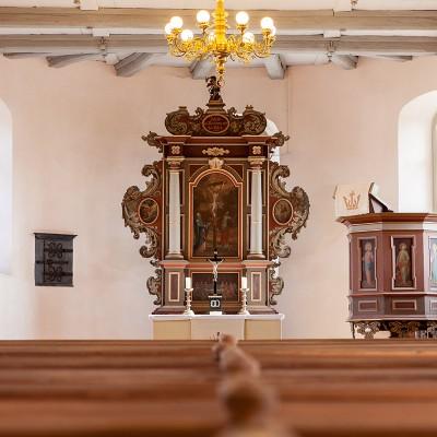 Die Kirche in Rottstock - Altar und Kanzel