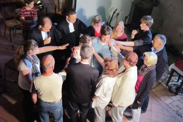 Jugendgottesdienst in Bad Belzig - Segnung Schneiders