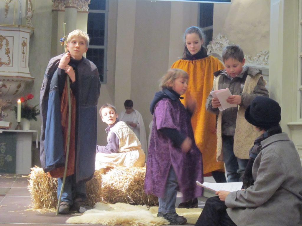 Christenlehre gestaltet Krippenspiel