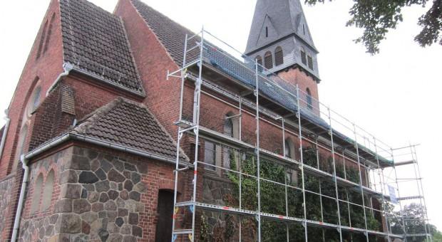 Neues Dach für die Kirche in Trebitz