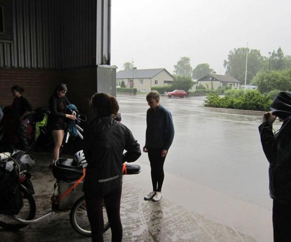 Schwedenfahrradfahrt - Wohin vor dem Regen?