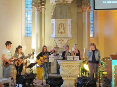 Kinder - und Jugendwoche 2014 in Brück: Band am Abend