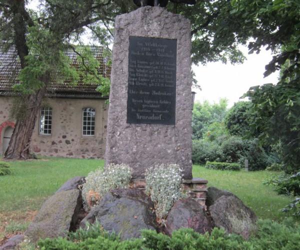 Kriegerdenkmal Neuendorf