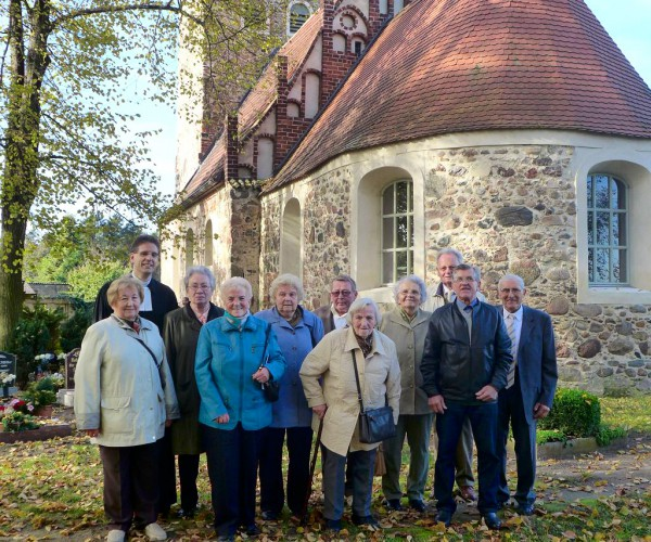 10 Konfirmanden - Eiserne Konfirmation 2014 in Rottstock
