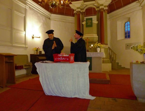 Lutherfest Neuendorf - Luther und Gregor von Brück sind uneins wem sich wer unterzuordnen hat