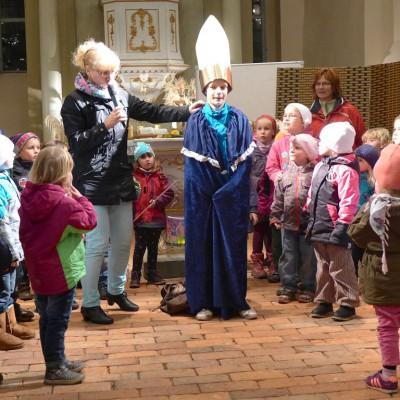 Martin wird Bischof - 1. Martinsumzug 2014 von der Lambertuskirche in Brück