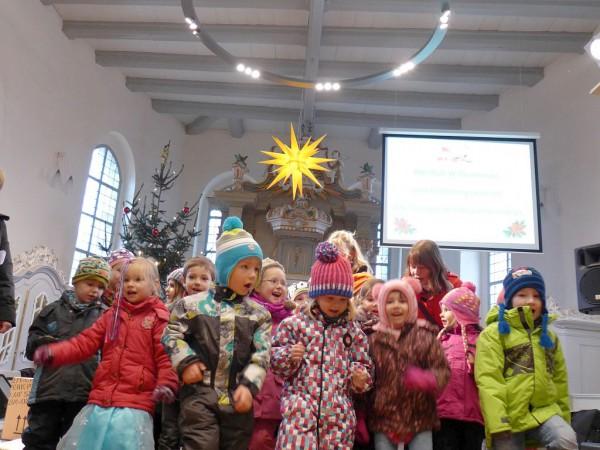 Konzert zum Adventsmarkt: Kita Planegeister singt und springt