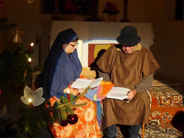 Krippenspiel mit Erwachsenen - Heiliger Abend in der Kirche Gömnigk