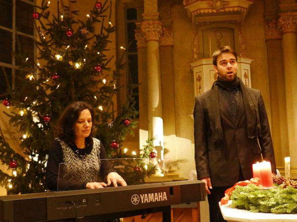 Weihnachtsmitsingkonzert mit Karsten Gebbert in der Lambertuskirche