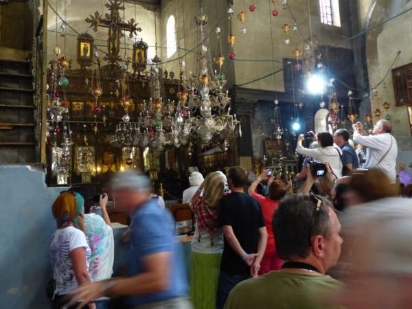 Israelreise - Bethlehem Geburtskirche vor der Geburtsgrotte