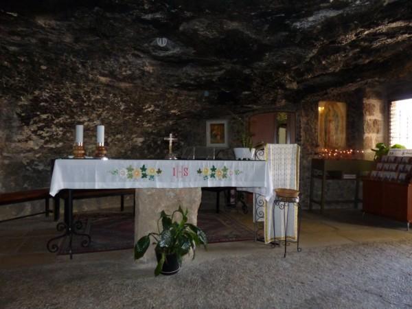 Israelreise - Bethlehem Hirtenfeld, Altar in Grotte der Hirten