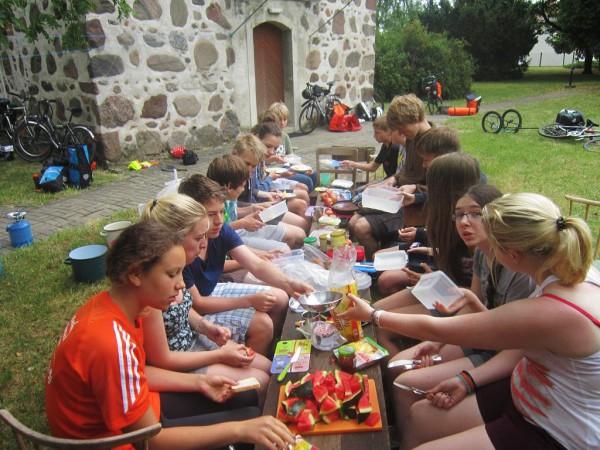 Schwedenvorfahrt 2015 - Frühstück