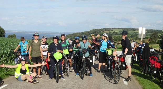 Schwedenfahrradfahrt 2015 - Gruppenbild auf dem höchsten Berg