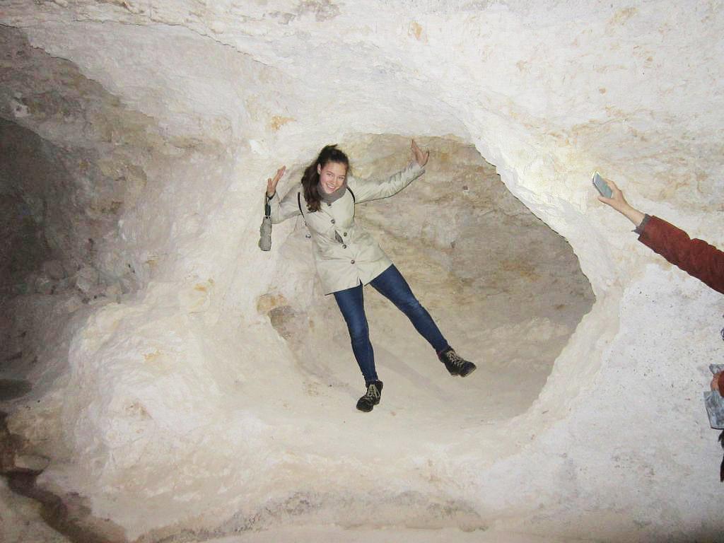 Katharina in der Geburtshöhle