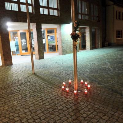 Terroranschläge in Brüssel - Gedenken und Trauer um die Opfer in Brück