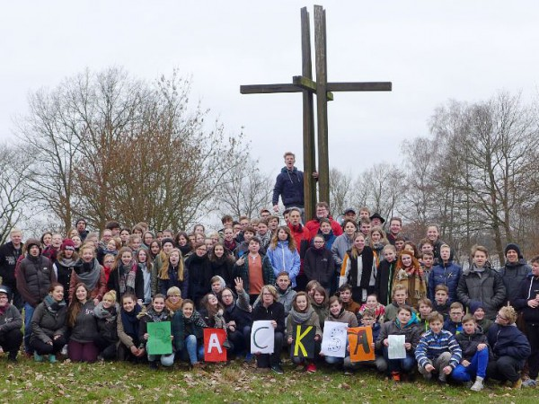 Teilnehmer des Konfirmandencamps 2016 in Mötzow
