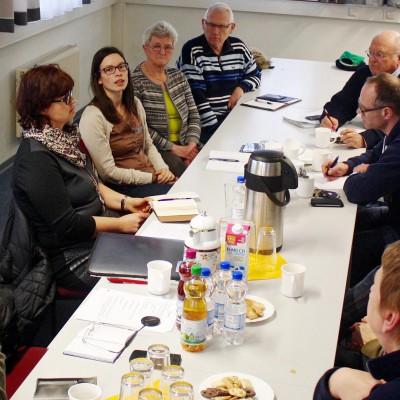 Treffen mit Integrationsbeauftragten und Vertretern von Brueck hilft