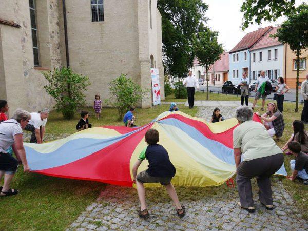 Gemeindefest jung und alt dabei - Gemeindefest 2016
