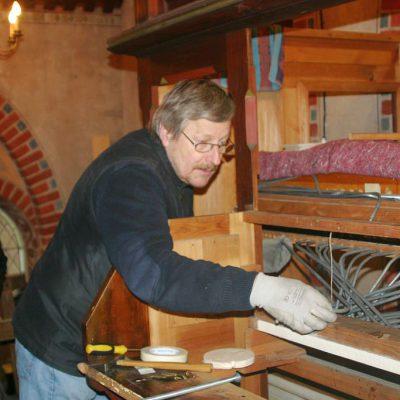 Besichtigung des Orgelbaus in der Kirche Trebitz