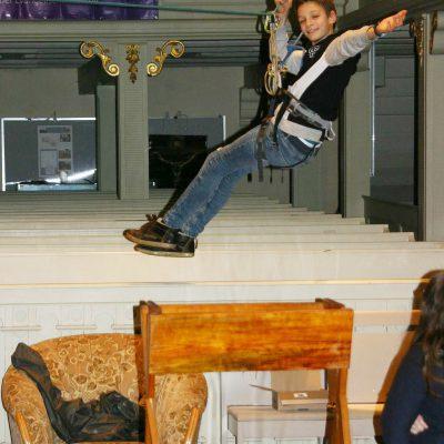 Aus dem Bengel wird ein Engel - Erich Kautz als fliegender Engel