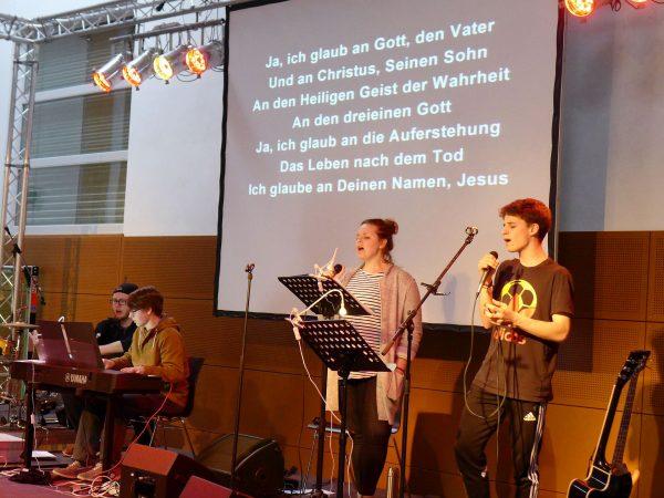 Glaubensbekenntnis mit der Band - Konfirmanden Camp in Mötzow 2017