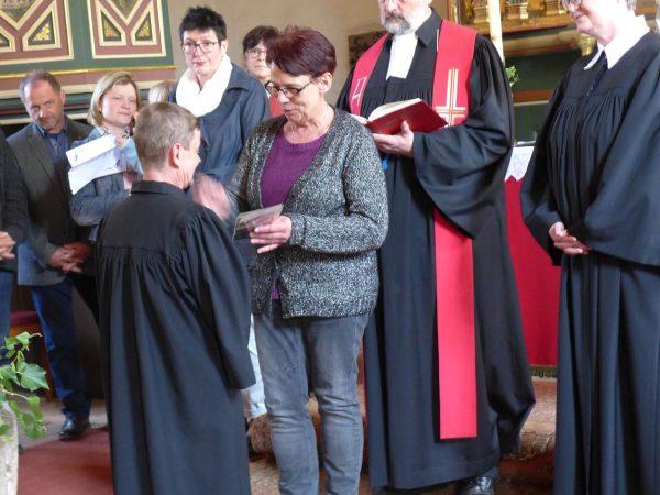 Pfarrer Dirk Matthies - neuer Pfarrer von Schlalach festlich-fröhlich eingeführt