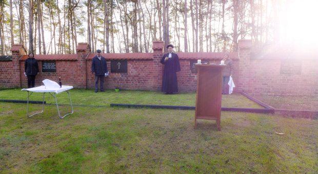 Einweihung der Urnengemeinschaftsanlage in Neuendorf bei Brück