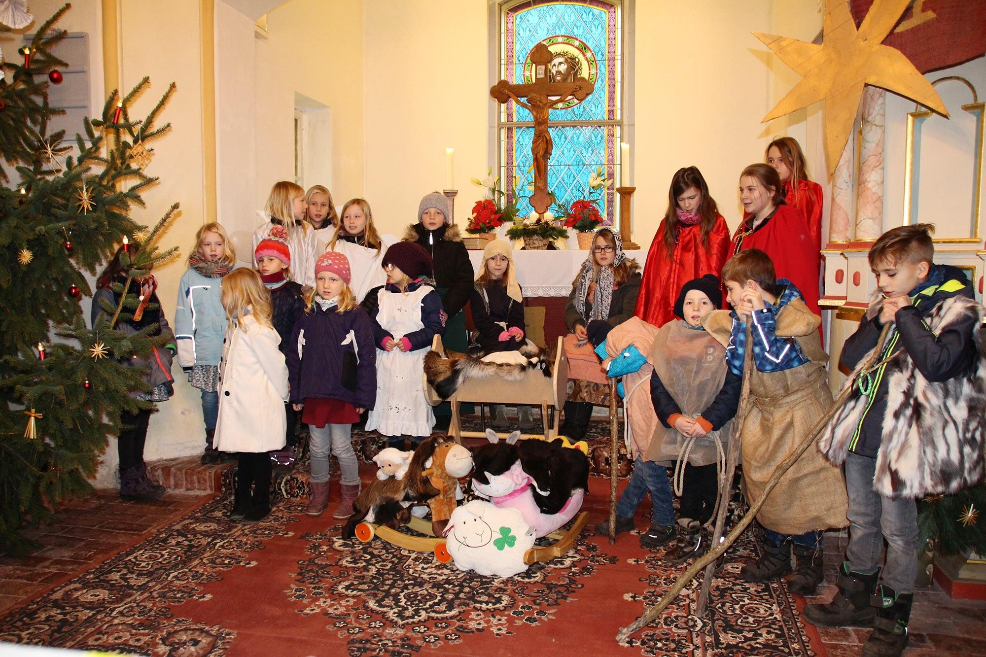 Der Heiland war an Heilig Abend im Pfarrbereich Brück - Weihnachten 2017
