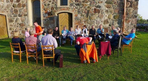 Gemeindeversammlung zur Läuteordnung in Gömnigk