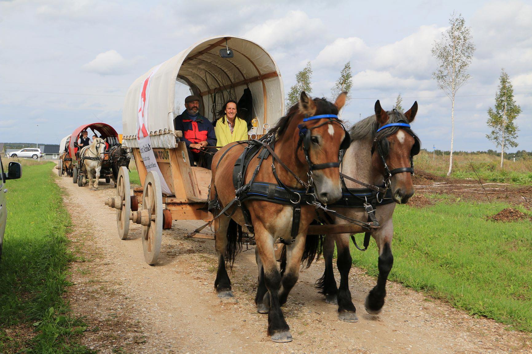 Immer weiter zieht der Treck - Am Peipussee in Estland - Titanen on tour