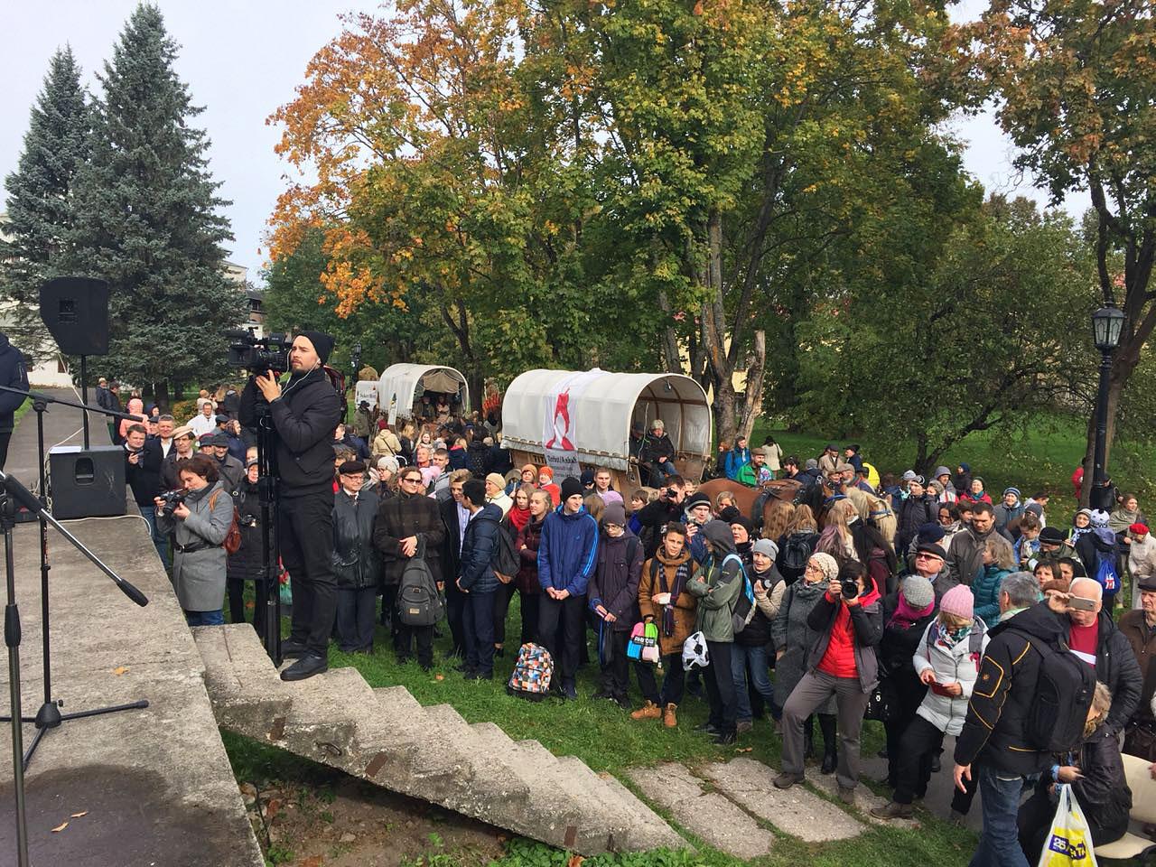Viele Besucher beim Empfang - Titanen on tour in Weliki Nowgorod