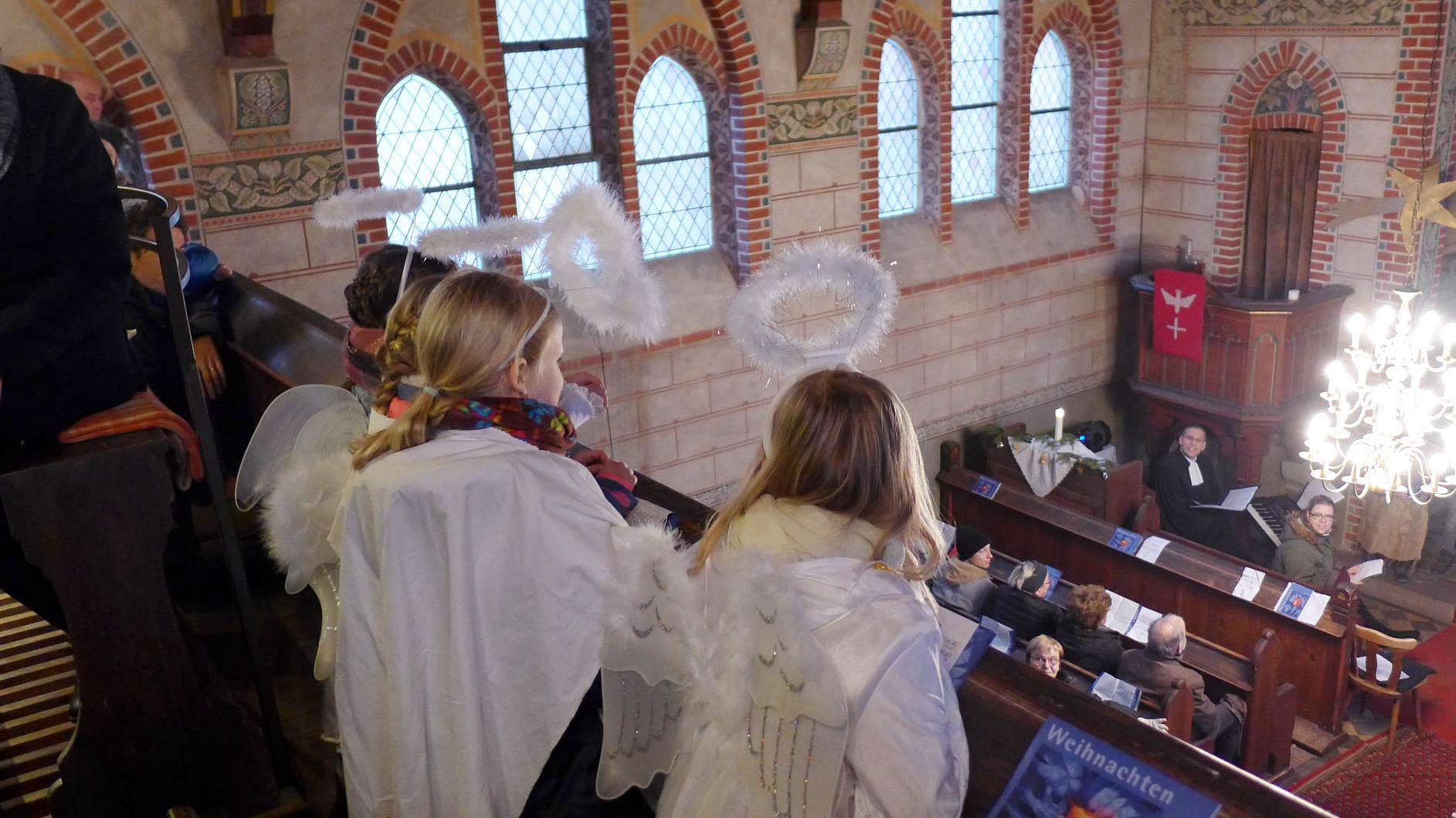 Die Engel verkünden in Trebitz die frohe Botschaft - Weihnachten 2018