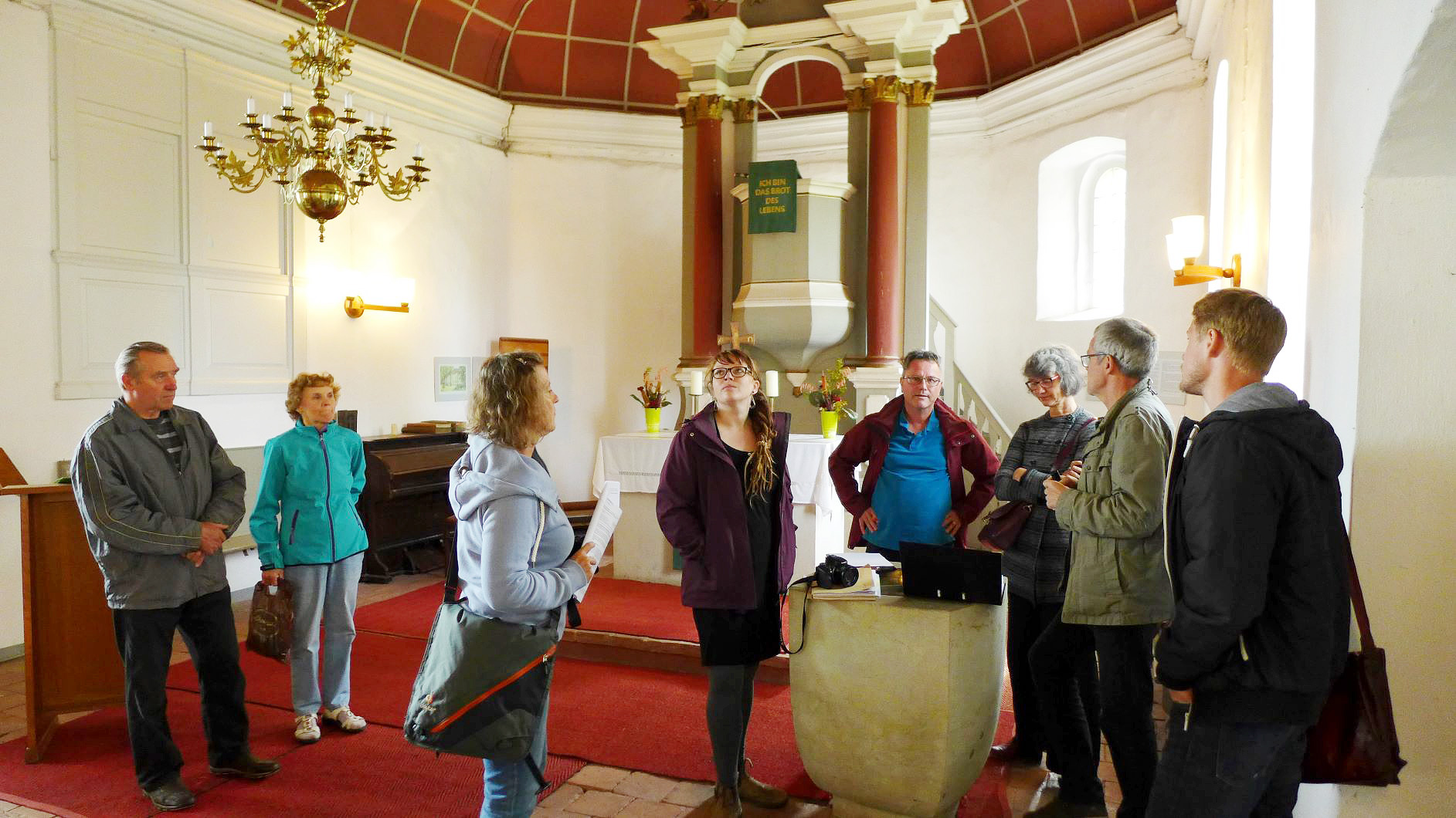Neuendorf Kirche Abstimmungstreffen