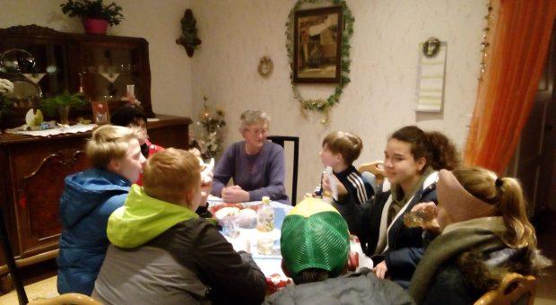 Adventssingen bei Frau Merkau in Neuendorf