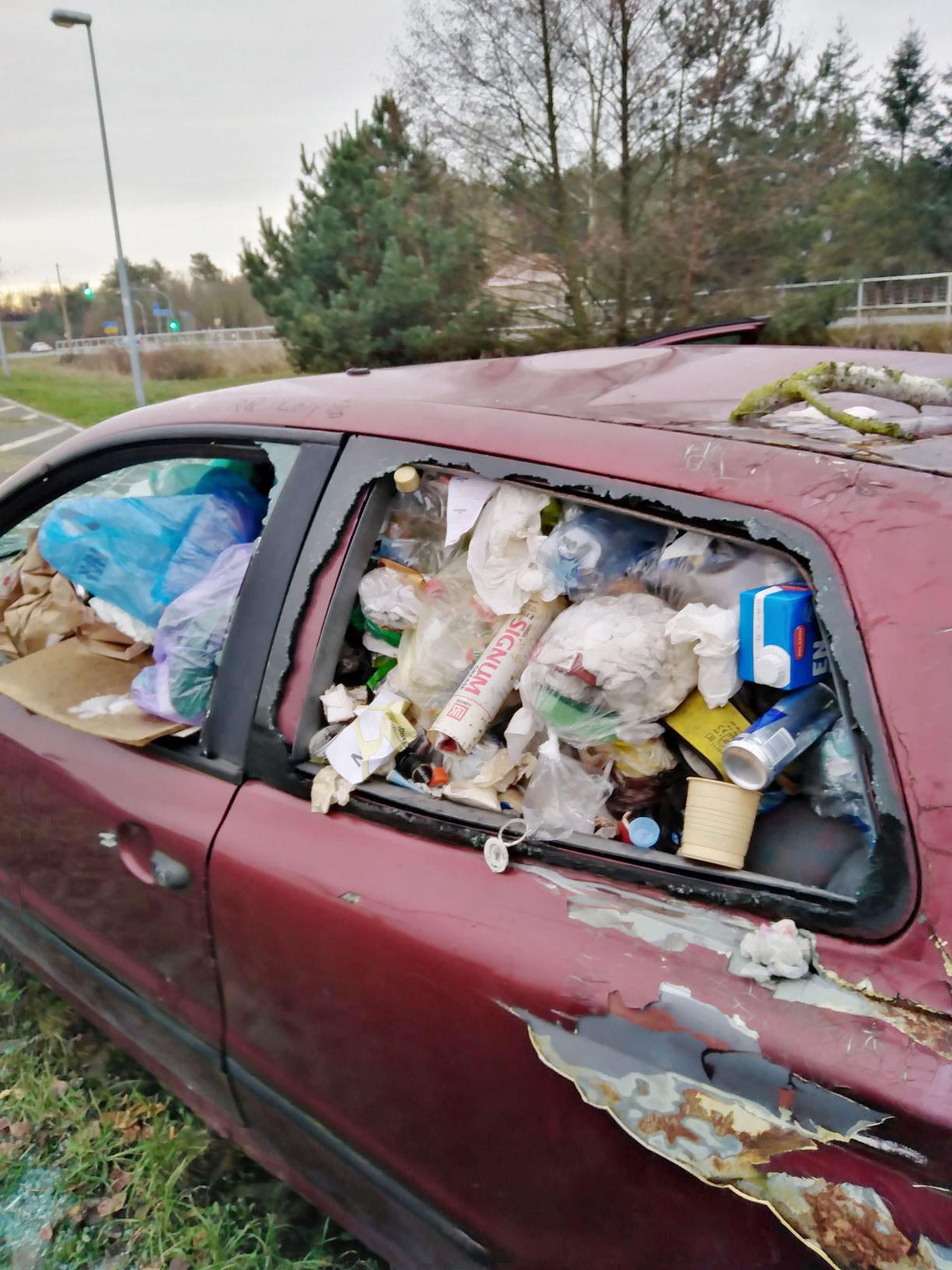 """stinkendes Müllauto bei Linthe - Praxis-Projekt: """"Der Müll muss weg"""""""